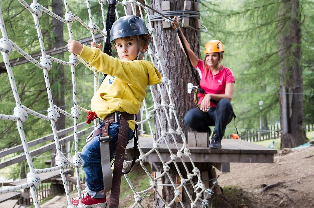 Alta_Badia_Kids_by_Visual_Working_1280x850