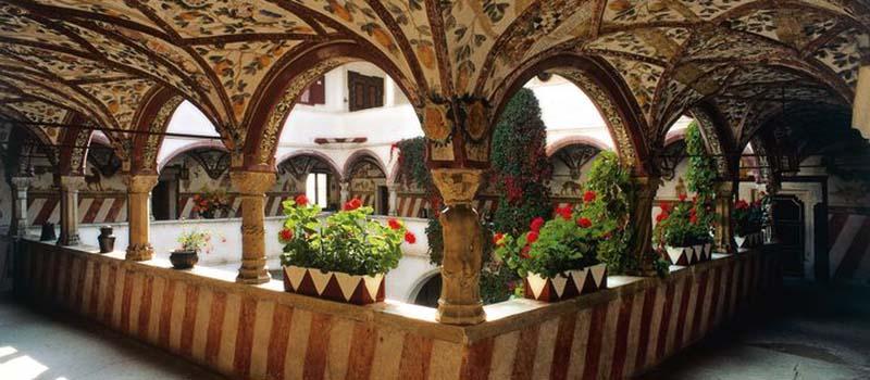 cira-castle-interior