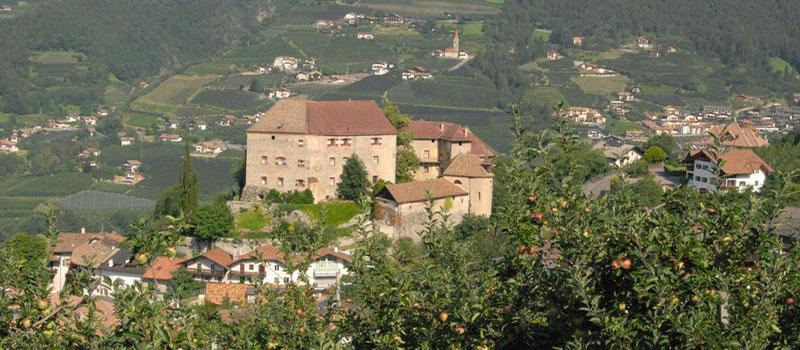 schenna-castle
