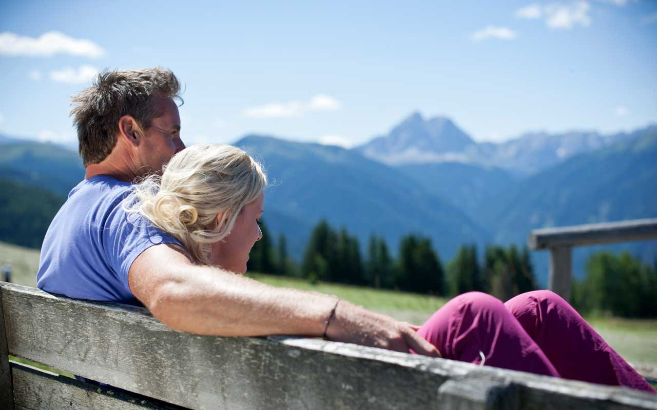 summer-view-couple