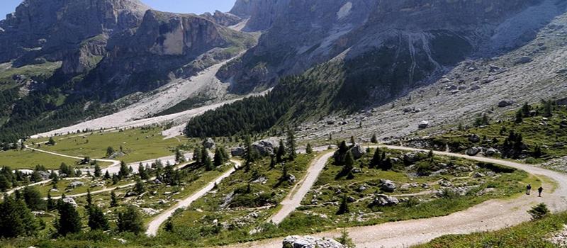 Trekking-thinking-christ-path