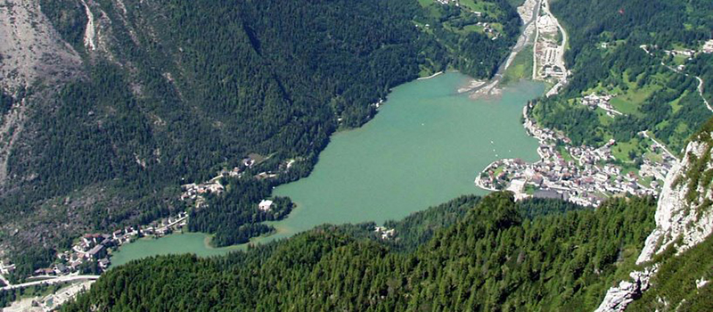 alleghe-lake-panoramic-view