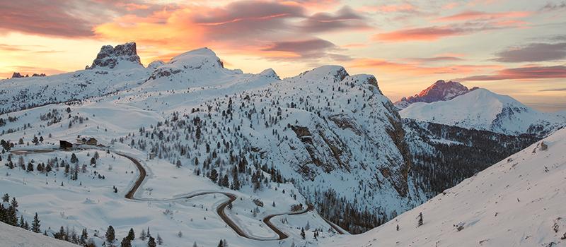 giau-pass-sunset