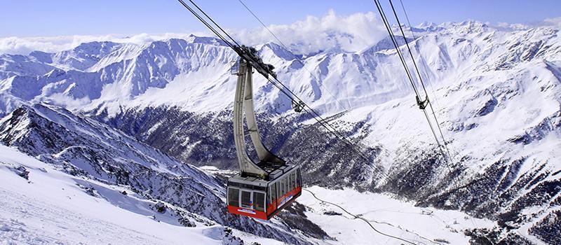 skiing-all-seasons-cableway