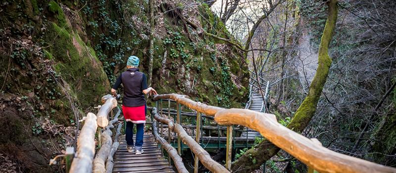trekking-caldaro-old-bridge