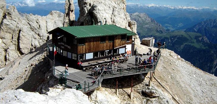 trekking-monte-cristallo-refuge