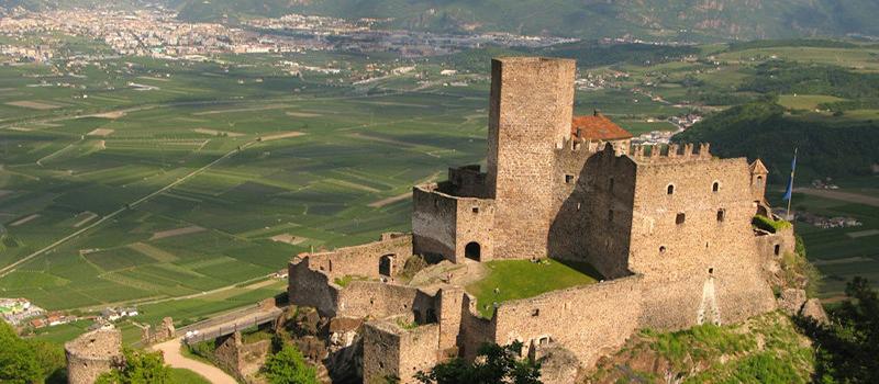 trekking-three-castles-hocheppan-panoramic-view