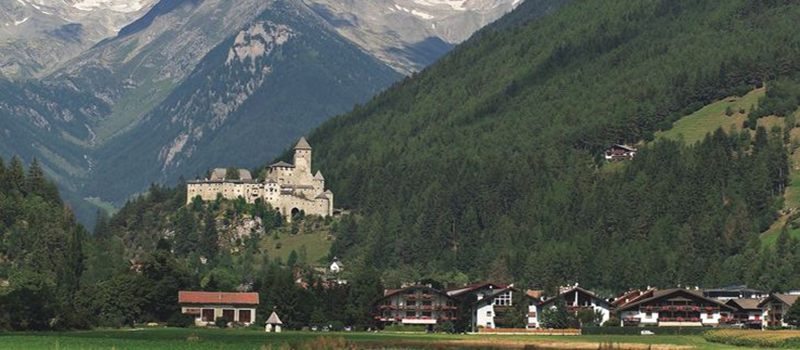 brunico-tures-castle