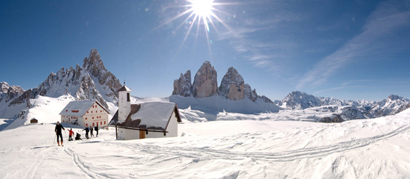 easter-dolomites-three-peaks-lavaredo-winter